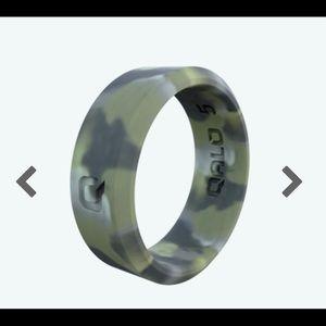 Qalo Band Ring